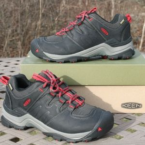 KEEN GYPSUM II WP 9.5 Men's Hiking Trail Shoe NEW